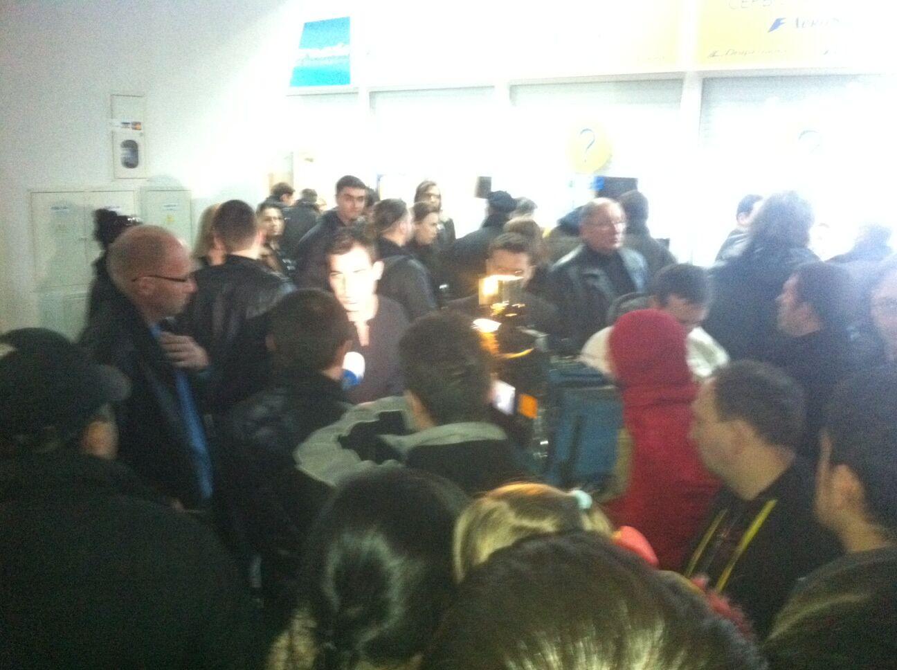 """В """"Борисполе"""" задержали все рейсы """"Аэросвита"""". Фото"""