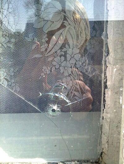 Под Запорожьем обстреляли офис коммунистов. Фото