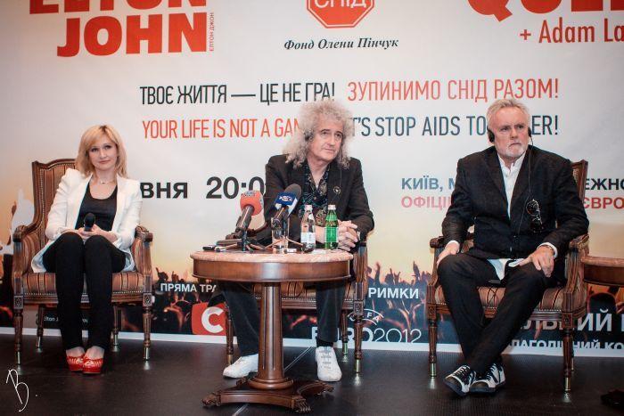 Queen хочуть залишитися в Києві на закриття Євро-2012