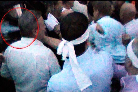 После митинга десять милиционеров были госпитализированы