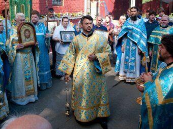 Новый скандал в РПЦ: 34-летний протоиерей избил двух пенсионерок