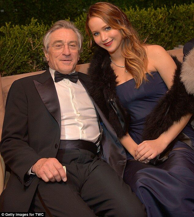 """Dior """"подсунул"""" Лоуренс бракованное платье. Фото"""
