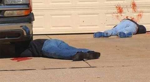 Шутник забросал свой двор трупами, чтобы напугать соседей