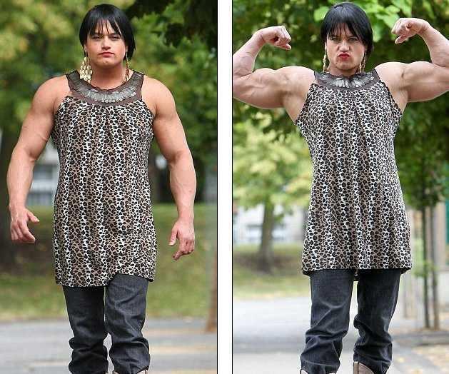 У барменши після прийому стероїдів з'явився міні-пеніс