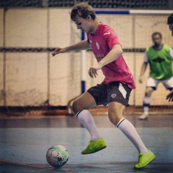 Шуфрич-молодший показав, як треба грати у футбол