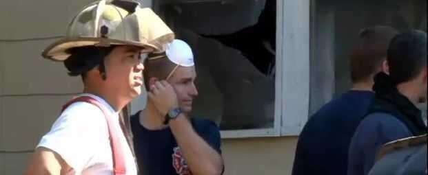 Алкоголик бросился в пылающий дом, чтобы спасти пиво