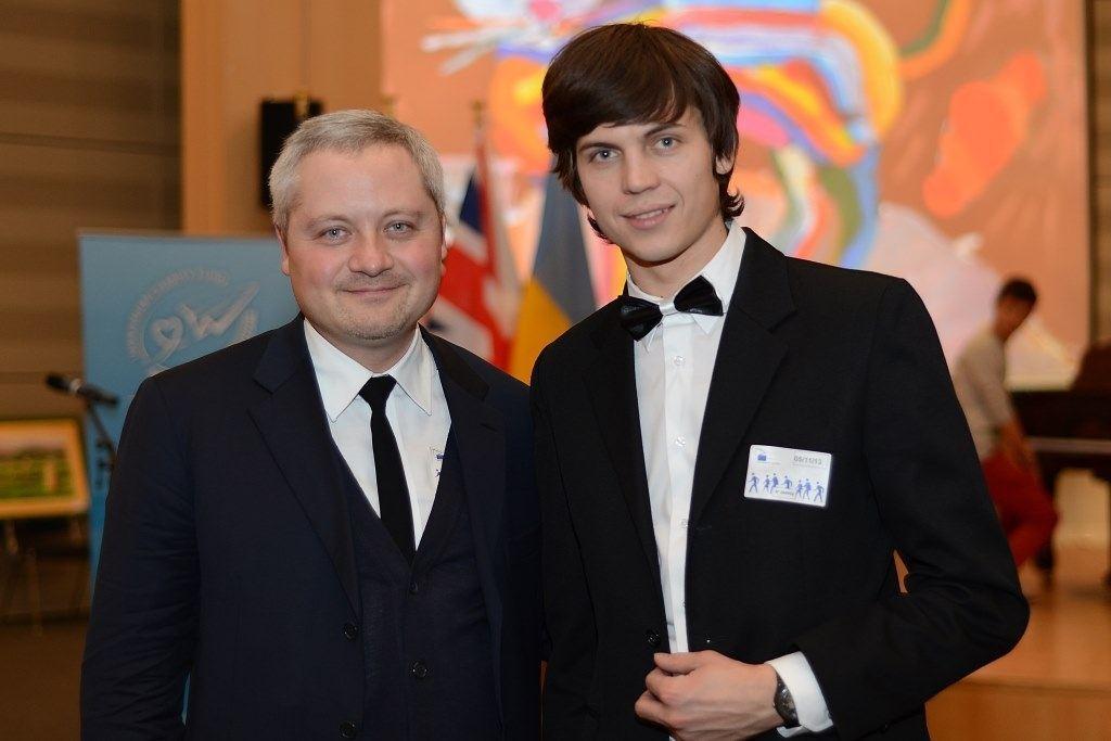 """В Брюсcеле открылась художественная выставка """"Украина глазами детей"""""""