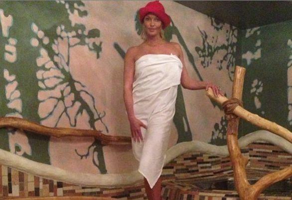 На новорічний корпоратив Волочкова вирушила ... в баню