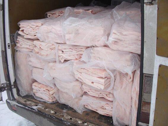 ГАИ отобрала 3,5 тонн сала у водителя микроавтобуса