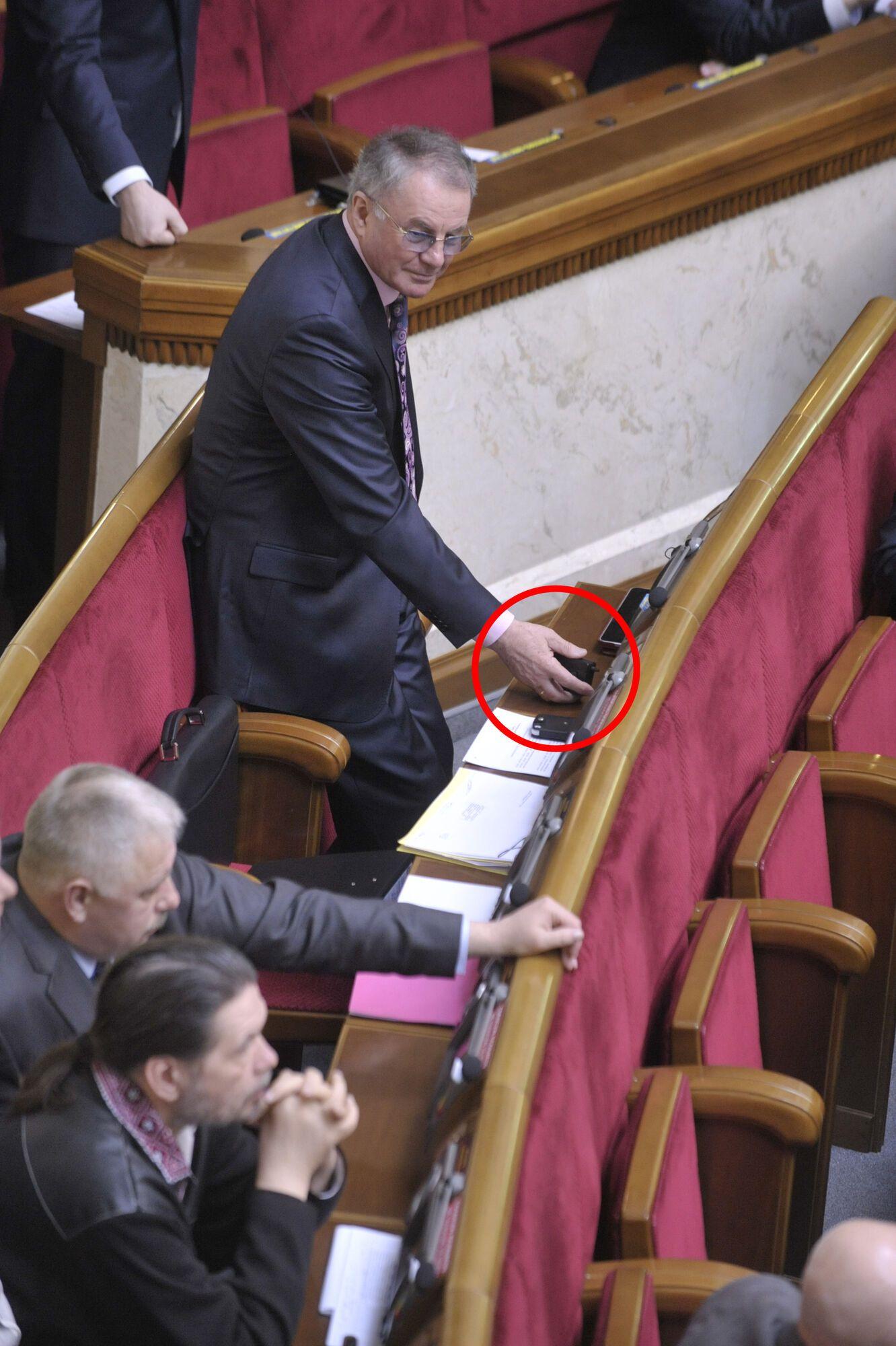 В ПР считают, что Яворивский впал в детство. Фото