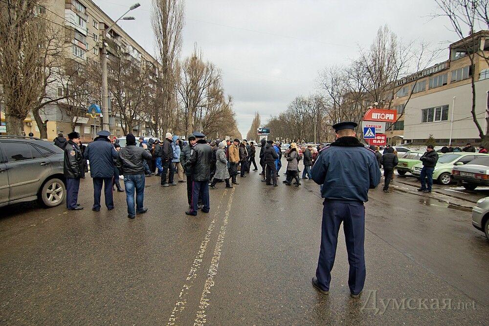 Появилось видео стрельбы у суда в Одессе. Видео