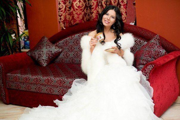 Лоран вибрала весільну сукню. Фото