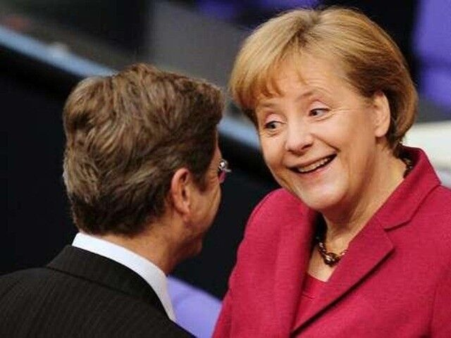 Фотографии обнаженной Ангелы Меркель на нудистском пляже