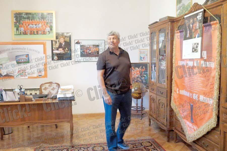 """Тренер """"Шахтера"""" показал свой дом в Донецке"""