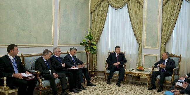 Визит Виктора Януковича в Казахстан