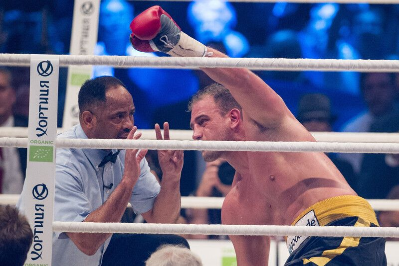 Перемога Володимира Кличка над Франческо п'яніти