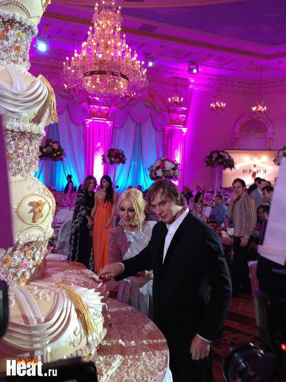 У мережу потрапили знімки шлюбної ночі Лери Кудрявцевої. Фото