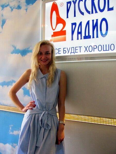 Поліну Гагаріну сфотографували без макіяжу. Фото