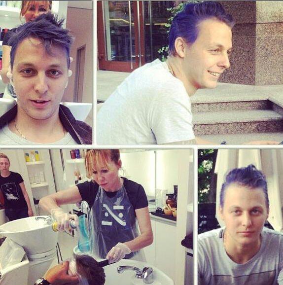 Шуфрич-молодший пофарбував волосся в синій колір
