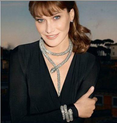 Заради кар'єри моделі дружина Саркозі зробила пластику