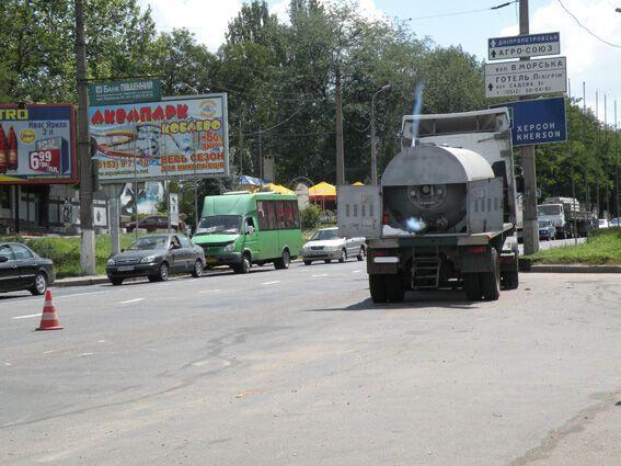 У Миколаєві прорвало автоцистерну зі скрапленим вуглекислим газом