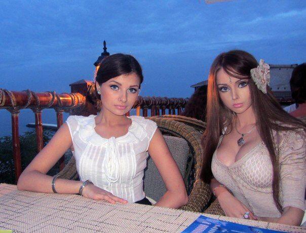 Сестра Одесской Барби поражает природной красотой