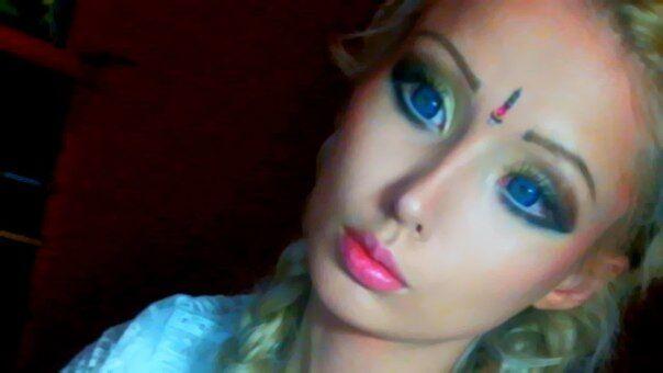Одеська Барбі без макіяжу - звичайна дівчина