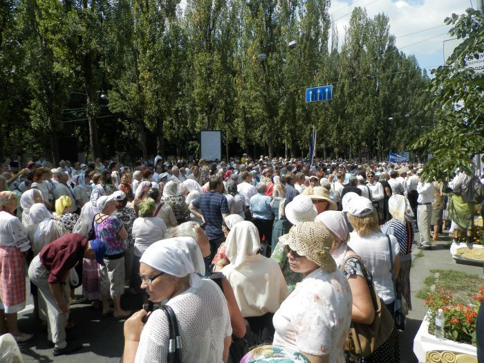 Як Яценюк, Бригинець і Кириленко до церкви ходили