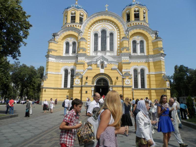 Как Яценюк, Бригинец и Кириленко в церковь ходили
