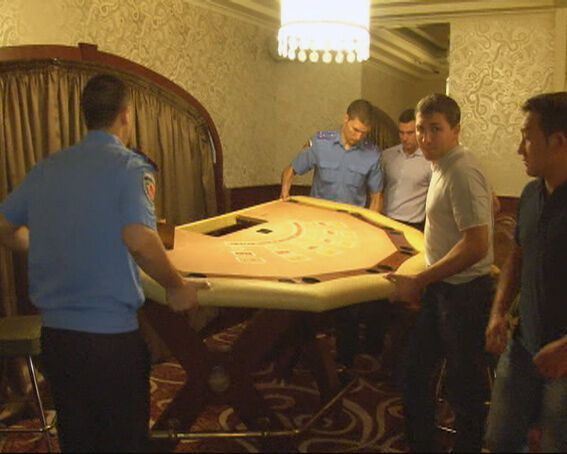 """В Одесі """"накрили"""" підпільне казино"""