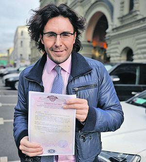 Андрій Малахов взяв штурмом свою квартиру в центрі Москви