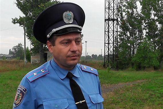 Міліціонер-рятівник: я - чоловік і не дозволив би дівчині убити себе