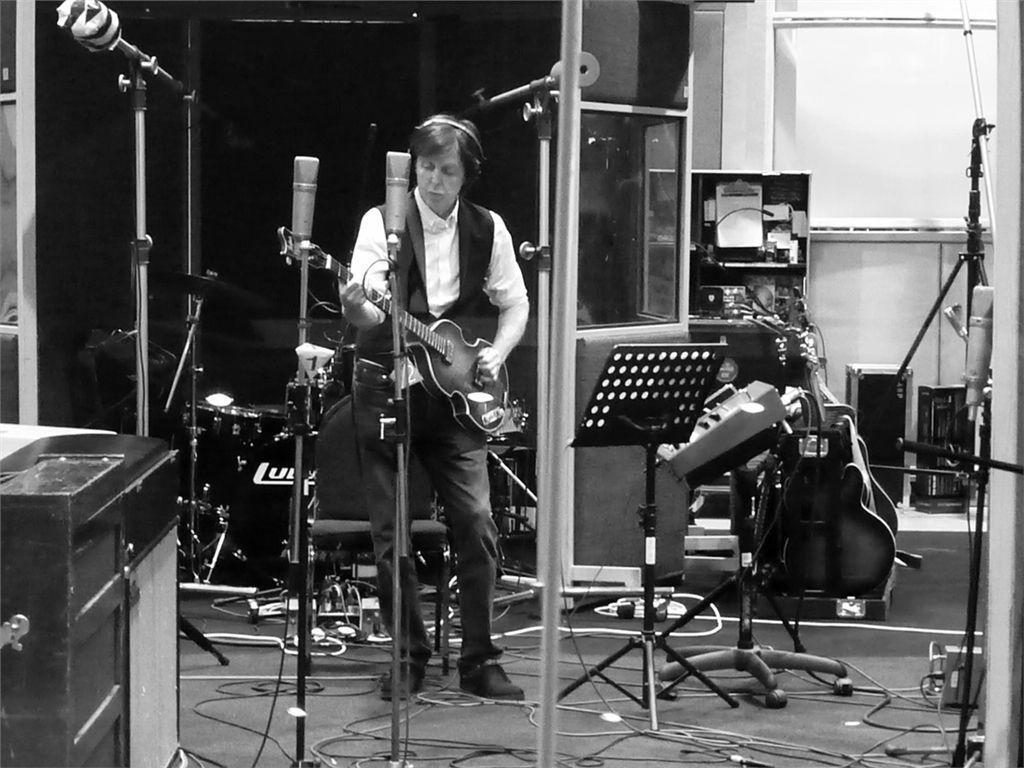 Пол Маккартни представил треклист нового альбома
