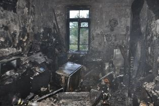 Пожежа в гуртожитку в Севастополі: осиротів 5-річна дитина