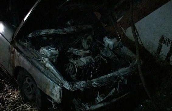 """В Ужгороді """"на гарячому"""" затримали палія автомобілів"""