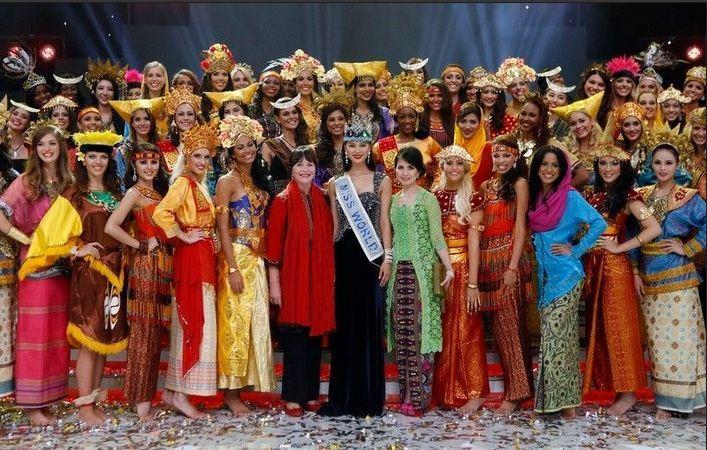 """35 учасниць """"Міс світу 2013"""" не відповідають вимогам конкурсу"""