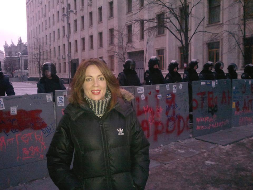 Кума Тимошенко вирушила на місце бойових дій на Грушевського