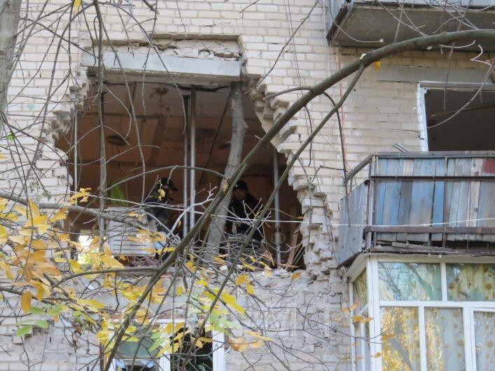 """Милиция расследует взрыв дома в Мелитополе как """"умышленное уничтожение имущества"""""""