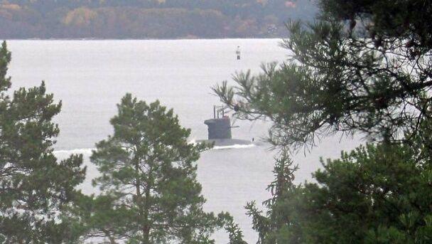 У мережі опублікували нові фото субмарини-шпигуна біля берегів Швеції