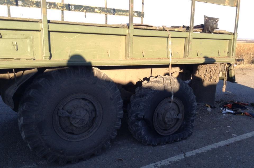 На 32 блокпосту в танках с нестреляющими пушками погибли 8 украинских военных: добавлено видео