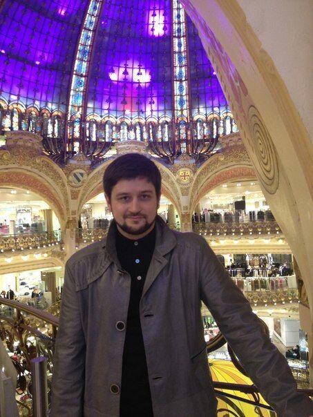 Сын нардепа-свободовца Ханенко отдохнул в пабе Гая Ричи в Лондоне