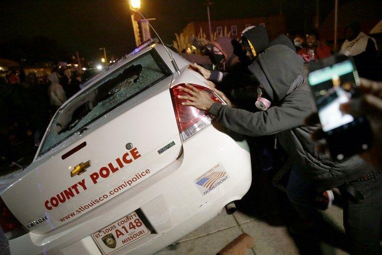 Хвиля масових заворушень прокотилася містами США: опубліковано фото