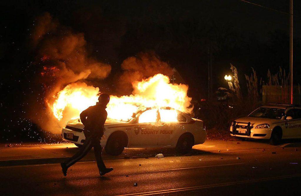 Найгірша ніч масових заворушень в США: опубліковано шокуючі фото