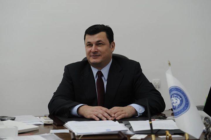 Порошенко нашел трех иностранных реформаторов и сделал их гражданами Украины