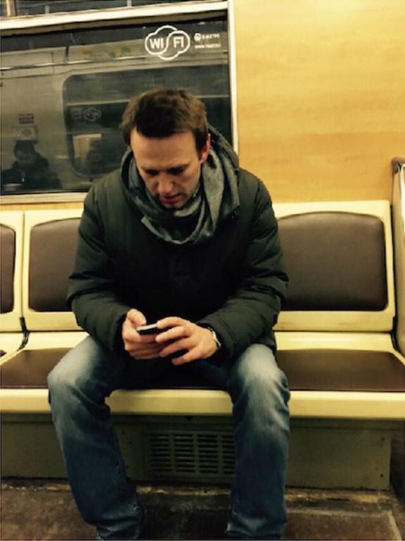 Навального погрузили в автозак возле Манежной площади: фото и видео задержания