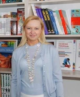 Янукович в Межигорье жил с молодой женщиной и ее ребенком - журналисты