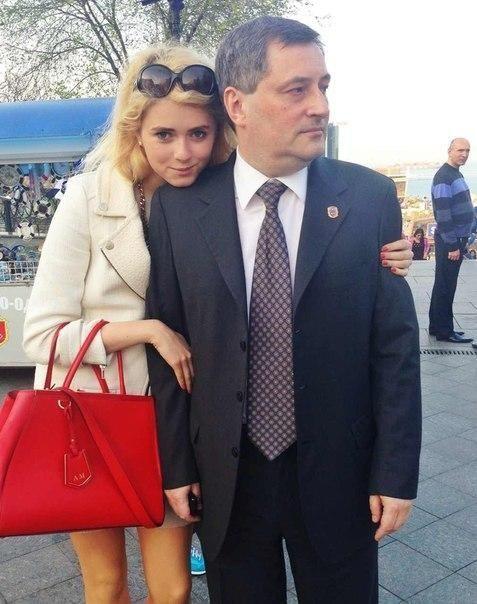 Дочка екс-губернатора Одеської області літає на приватному вертольоті над Монако