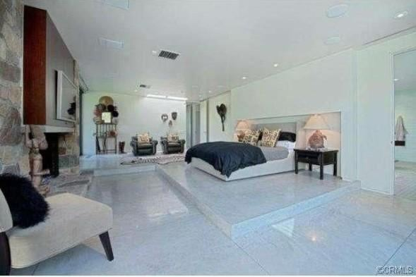 Ди Каприо купил новую недвижимость в три раза дешевле, чем продал старую