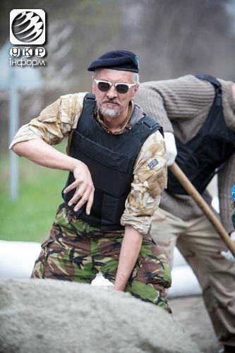 На въездах в Запорожье появились блокпосты для защиты от сепаратистов