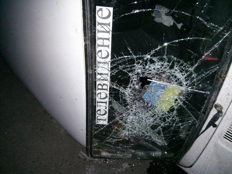 """В Одесі у пошуках """"бендеровцев"""" сепаратисти перевертають авто"""